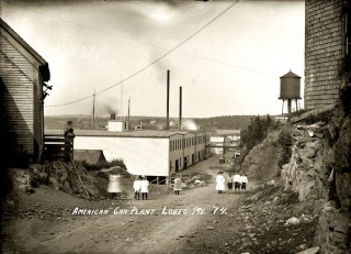 The Downeast town of Lubec once boasted more than two dozen sardine-packing plants as well as smokehouses along its waterfront. Over the years, overfishing of herring led to the fishery's dramatic decline. PHOTO COURTESY PENOBSCOT MARINE MUSEUM